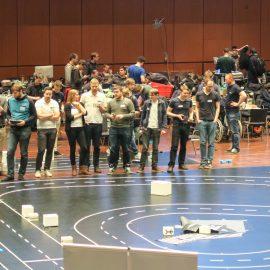 Team e.Wolf sichert sich Platz vier beim Carolo-Cup